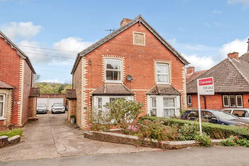 4 Bedrooms Semi Detached House for sale in Chilworth