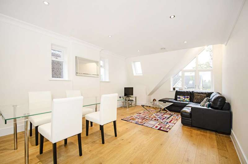 2 Bedrooms Flat for sale in Nether Street, West Finchley, N12