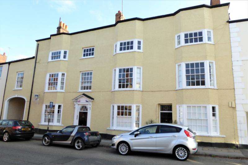 1 Bedroom Flat for sale in Flat 4 Romney House