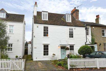 3 Bedrooms End Of Terrace House for sale in Rectory Place, Hawkwood Lane, Chislehurst