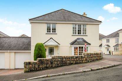 4 Bedrooms Detached House for sale in St. Austell, Cornwall, St.Austell