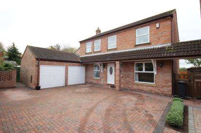 5 Bedrooms Detached House for sale in Main Street, Knapton, York, North Yorkshire