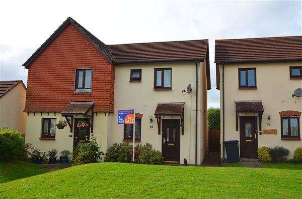 2 Bedrooms Semi Detached House for sale in Heywood Drive, Starcross, Exeter