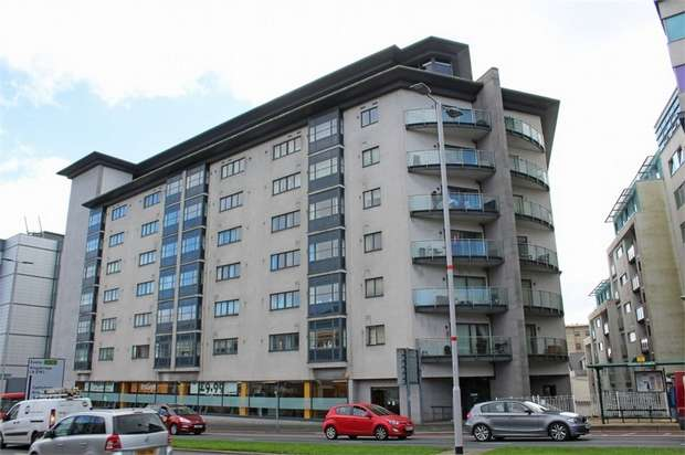2 Bedrooms Flat for sale in 60 Exeter Street, Plymouth, Devon