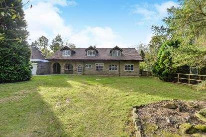 7 Bedrooms Detached House for sale in Kirklevington Hall Drive, Kirklevington, Yarm, Stockton On Tees