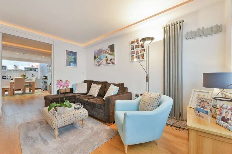 1 Bedroom Flat for sale in Elias Place, London SW8