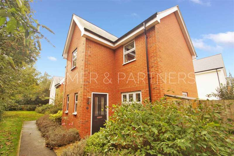 3 Bedrooms Detached House for sale in Peache Road, Colchester