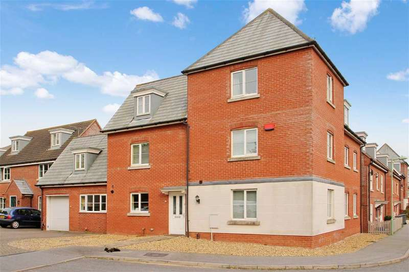 6 Bedrooms Detached House for sale in Peart Grove, Grange Farm, Kesgrave, Ipswich