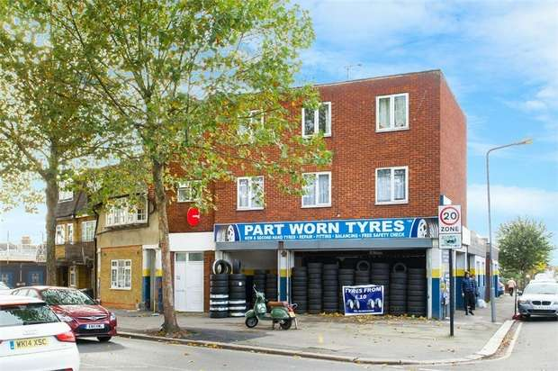 2 Bedrooms Flat for sale in Chingford Mount Road, Chingford, London