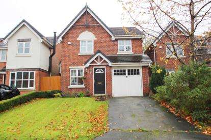 4 Bedrooms Detached House for sale in Kingsley Close, Feniscowles, Blackburn, Lancashire, BB2