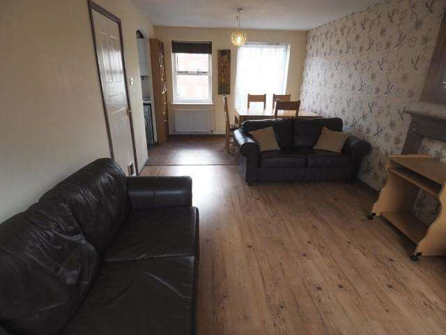 2 Bedrooms Apartment Flat for sale in Plimsoll Way, Victoria Dock, Hull, HU9 1PW