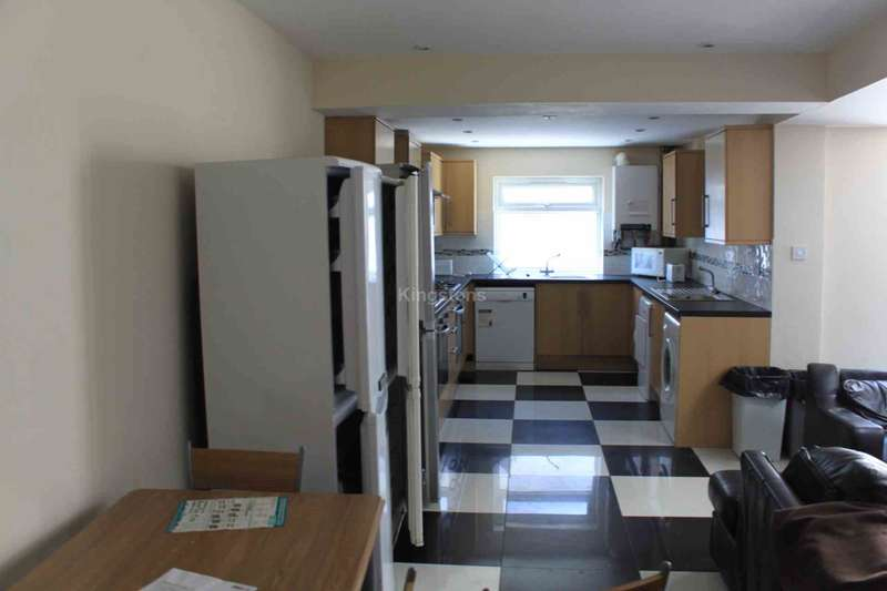 8 Bedrooms Terraced House for rent in Cathays Terrace, Cardiff, CF24 4HT