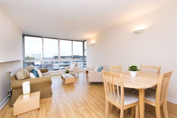 2 Bedrooms Apartment Flat for sale in Quadrangle Tower Cambridge Square, London, W2