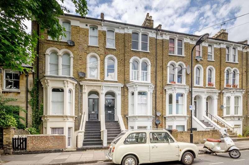 1 Bedroom Flat for sale in Glenarm Road, Clapton, E5