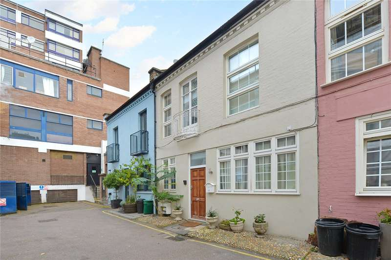 2 Bedrooms Mews House for sale in Ovington Mews, London, SW3