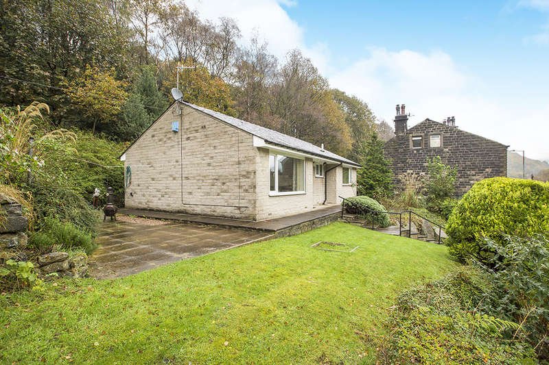 2 Bedrooms Detached Bungalow for sale in Green Springs, Hebden Bridge, HX7