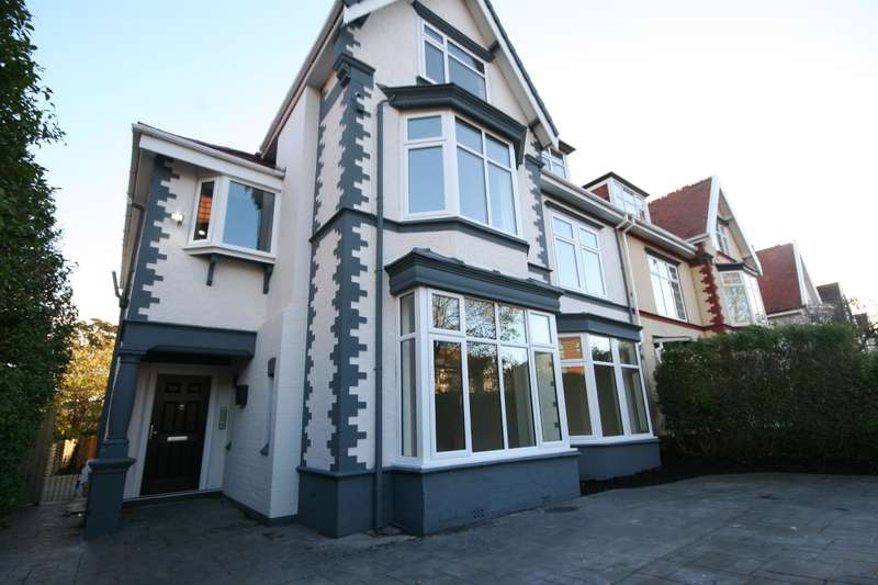 2 Bedrooms Flat for sale in Penkett Road, Wallasey, CH45 7QN