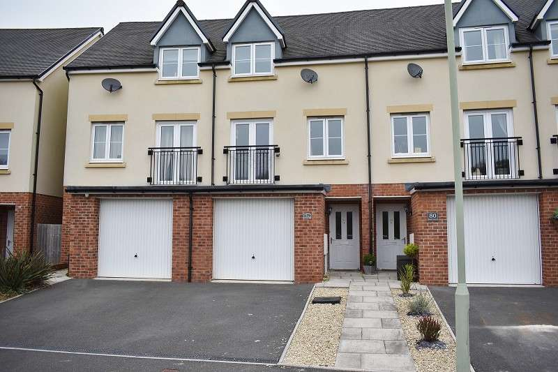 4 Bedrooms Terraced House for sale in Wood Green, Cefn Glas, Bridgend. CF31 4DY