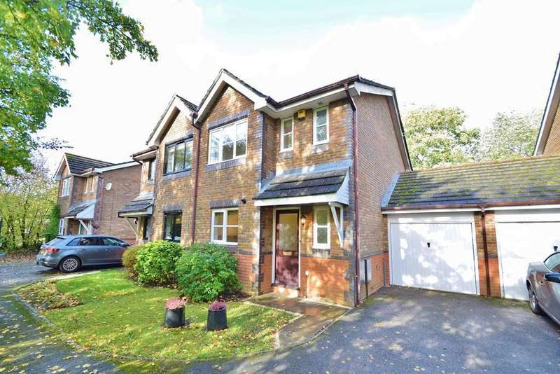 3 Bedrooms Semi Detached House for sale in Colden Common