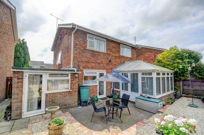 3 Bedrooms Detached House for sale in Chinnor