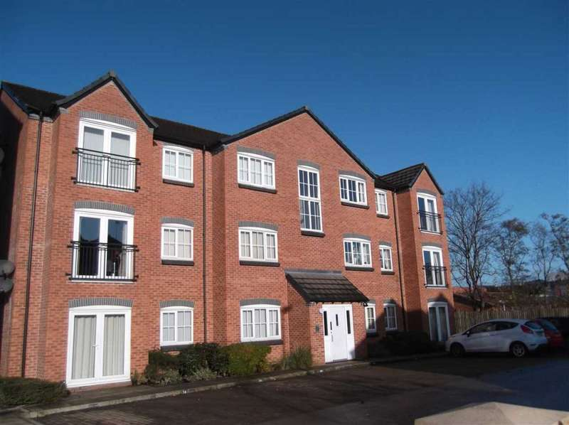 2 Bedrooms Apartment Flat for rent in Baldwins Close, Royton