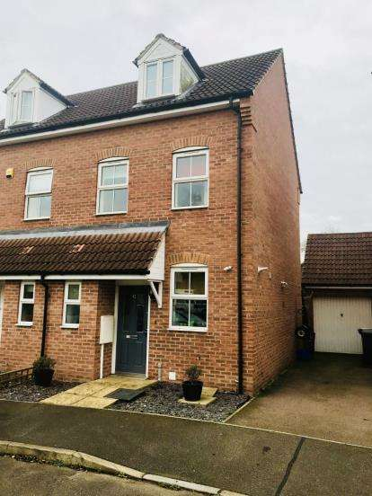 3 Bedrooms Semi Detached House for sale in Lady Jane Franklin Drive, Spilsby, Lincolnshire
