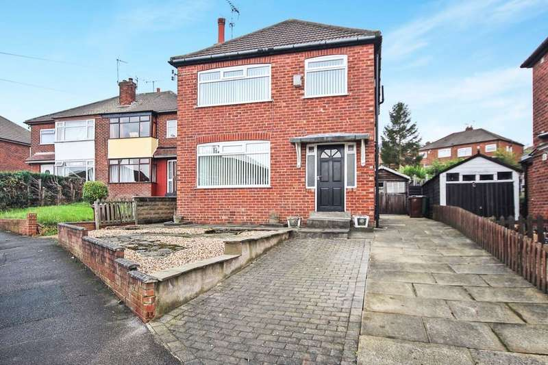 3 Bedrooms Detached House for sale in Graveleythorpe Road, Leeds, LS15
