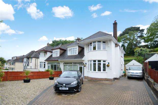 4 Bedrooms Semi Detached House for sale in Aller Brake Road, Newton Abbot, Devon