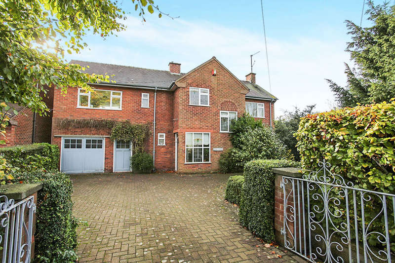 4 Bedrooms Detached House for sale in Sandbach Road, Congleton, CW12