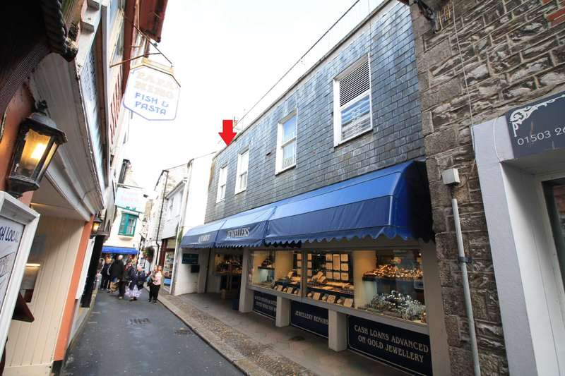 2 Bedrooms Flat for sale in East Looe