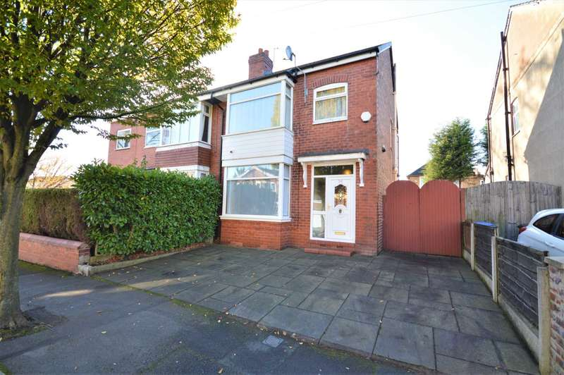 3 Bedrooms Semi Detached House for sale in Sandhurst Road, Stockport