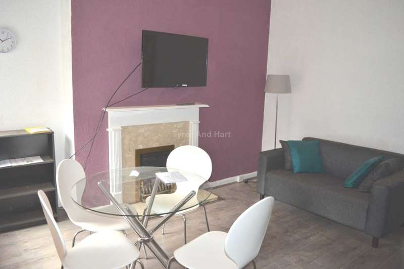 4 Bedrooms House Share for rent in Molyneux Road, Liverpool
