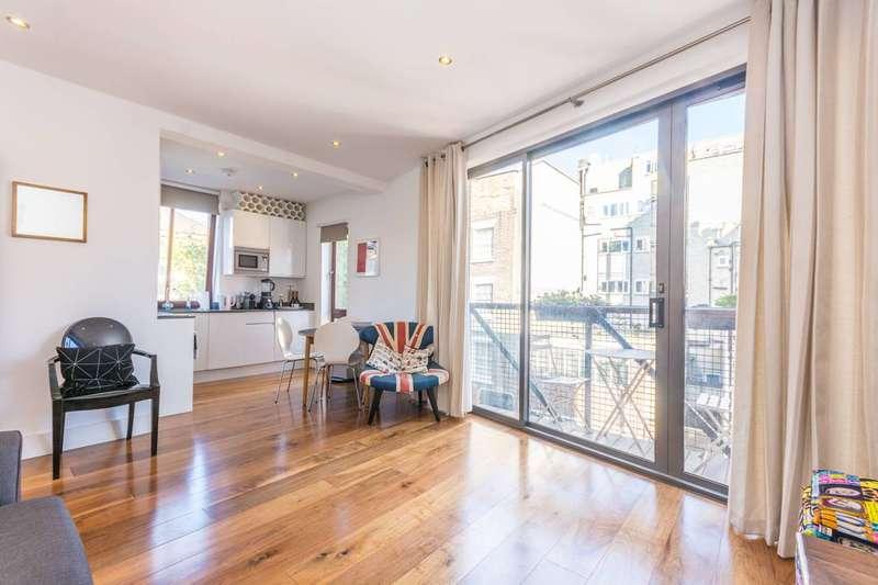 2 Bedrooms Flat for rent in Goodge Street, Fitzrovia, W1T