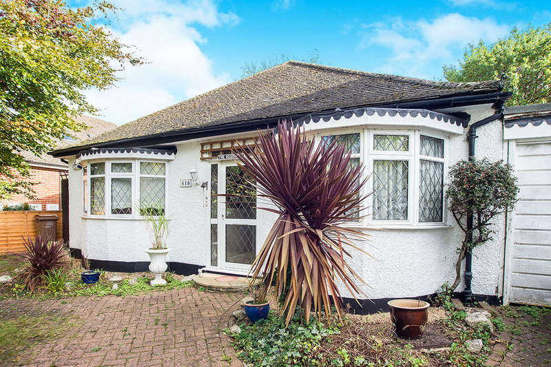 3 Bedrooms Detached Bungalow for sale in London Road, Cheam, Sutton, SM3