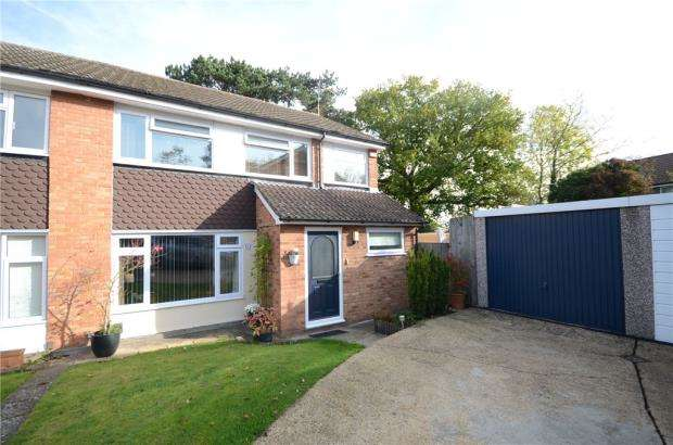 4 Bedrooms Semi Detached House for sale in Lodge Way, Windsor, Berkshire
