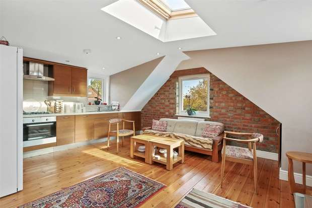 5 Bedrooms Flat for sale in Woodgrange Avenue, Ealing