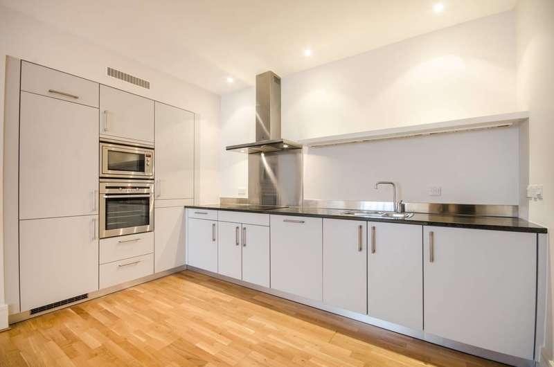2 Bedrooms Flat for rent in Kean Street, Covent Garden, WC2B