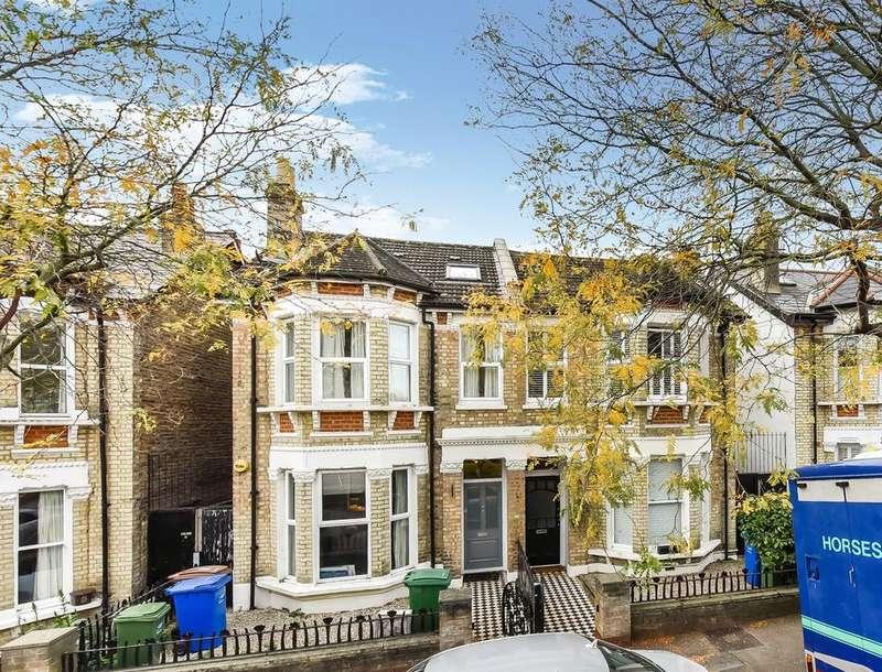2 Bedrooms Flat for sale in Marsden Road, London SE15