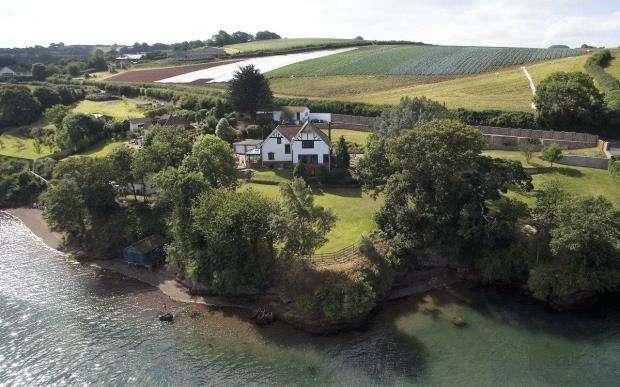 4 Bedrooms Detached House for sale in Teignharvey, Shaldon Road, Near Shaldon, Devon