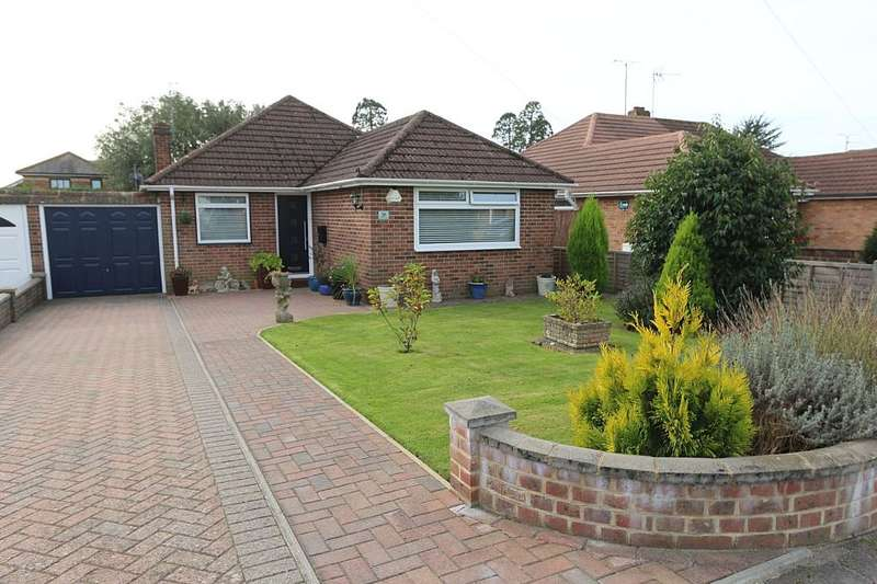 2 Bedrooms Detached Bungalow for sale in Wyberlye Road, Burgess Hill, West Sussex, RH15 8HX