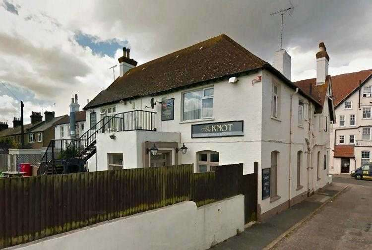 3 Bedrooms Commercial Property for rent in Beach Road, Westgate-on-sea