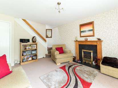 2 Bedrooms Semi Detached House for sale in Blenheim Close, Forest Town, Mansfield, Nottinghamshire