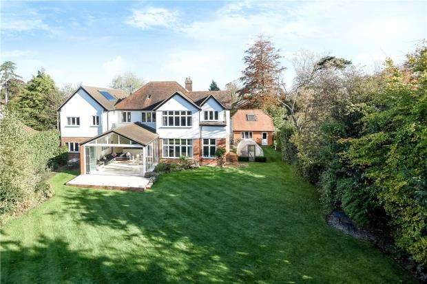 6 Bedrooms Detached House for sale in Easthampstead Road, Wokingham, Berkshire