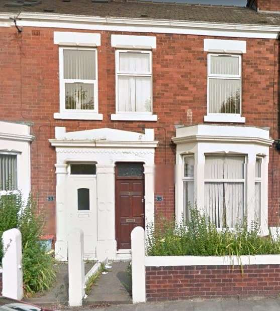 3 Bedrooms Terraced House for sale in Burrow Road, Preston, PR1
