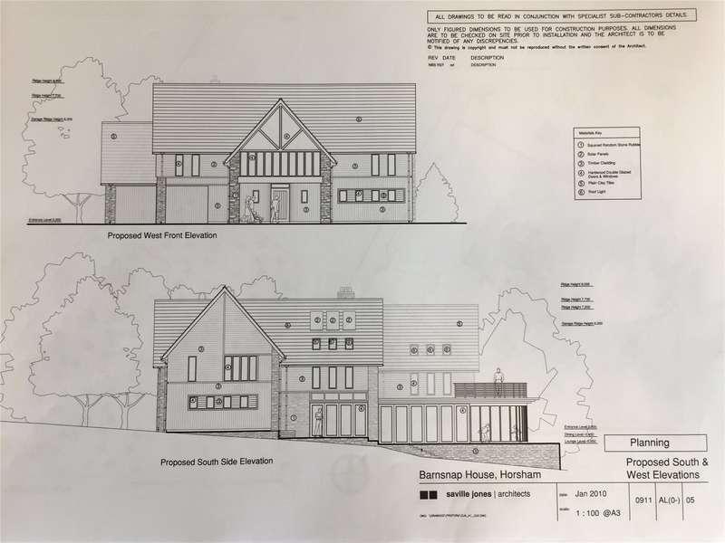 4 Bedrooms Detached House for sale in Woodland Lane, Colgate, Horsham, West Sussex, RH13