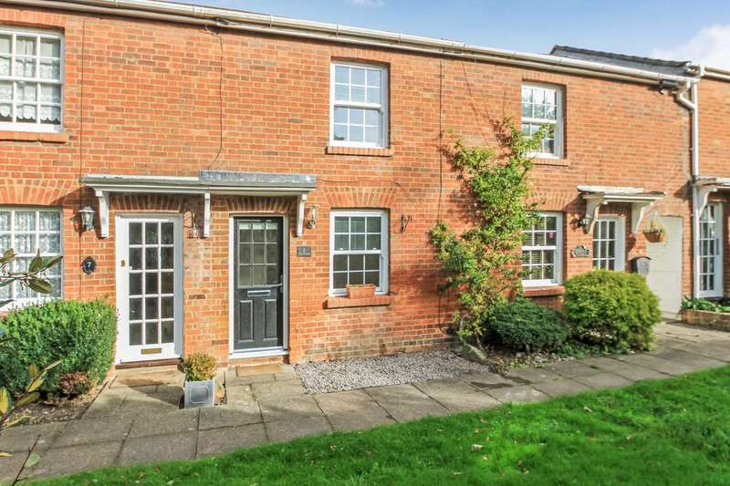 2 Bedrooms Terraced House for sale in West Passage, Tring