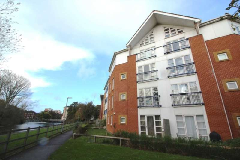 2 Bedrooms Apartment Flat for sale in Kennet Walk, Reading