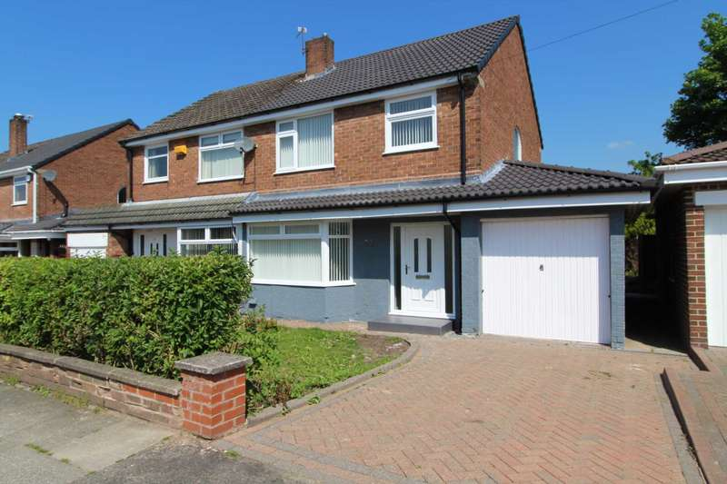 3 Bedrooms Semi Detached House for sale in Woodbank Drive, Bury