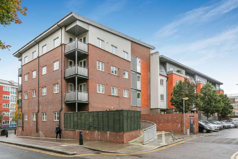 2 Bedrooms Apartment Flat for sale in Bradstock Road, Hackney