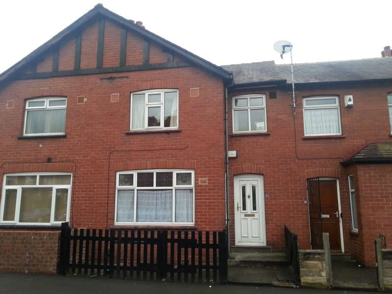 3 Bedrooms Terraced House for rent in Mayville Terrace, Hyde Park, Leeds